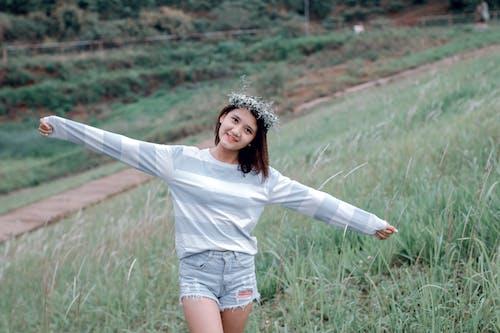 亞洲女人, 亞洲女孩, 享受, 女孩 的 免费素材照片