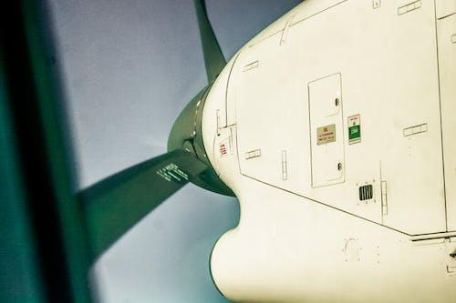Foto stok gratis baling-baling pesawat terbang, fotografi udara, langit biru, penerbangan