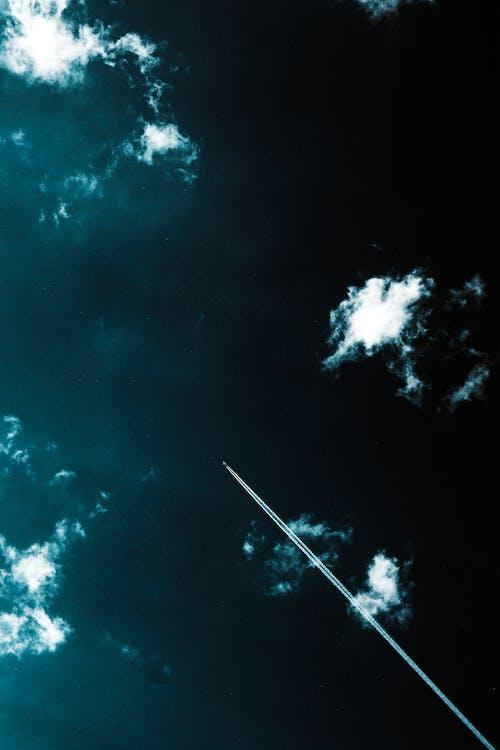 哇, 噴射機, 多雲的, 天空 的 免費圖庫相片
