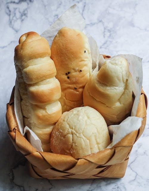 Gratis arkivbilde med bakt, bakverk, bolle, brød