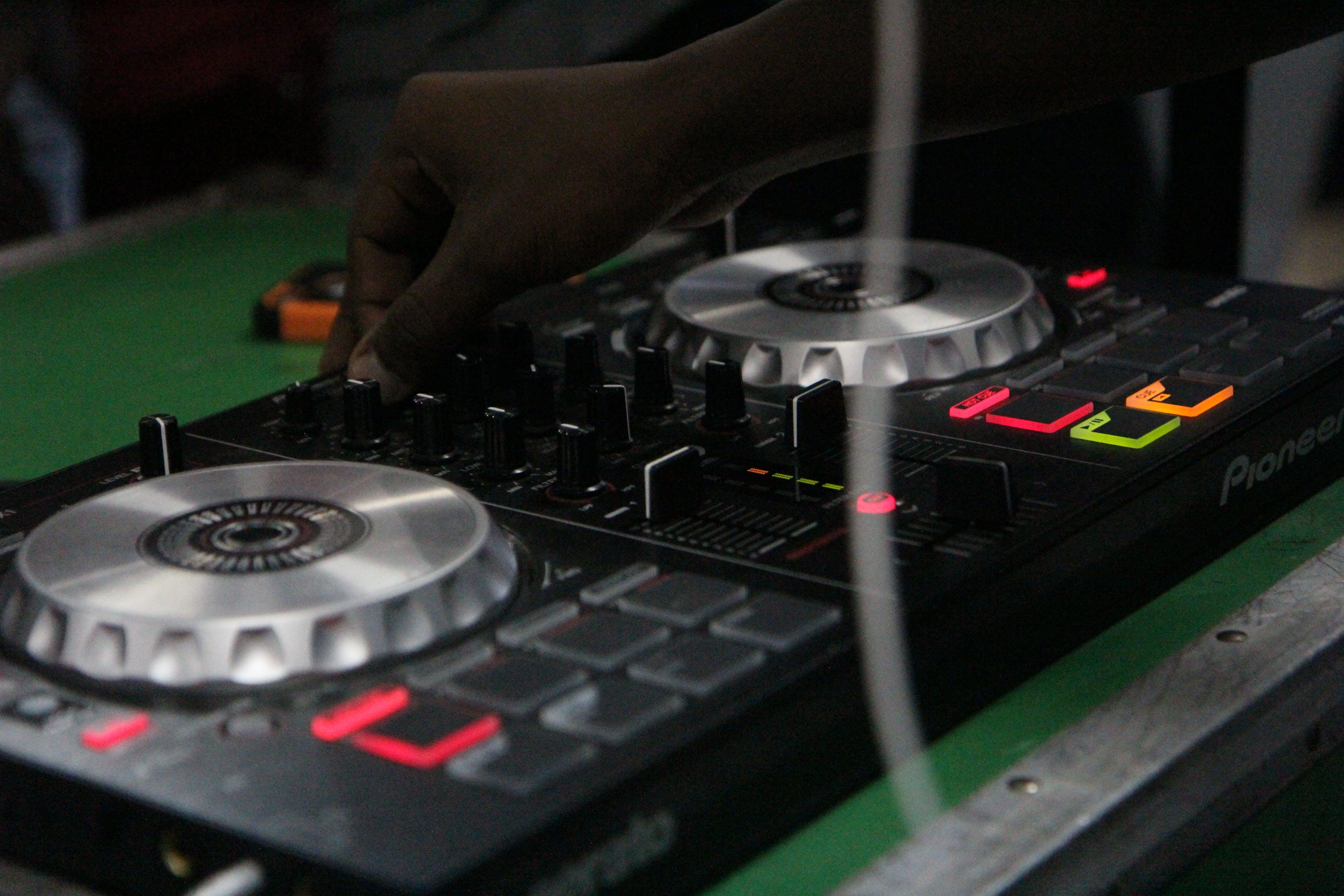 Free stock photo of #DJ