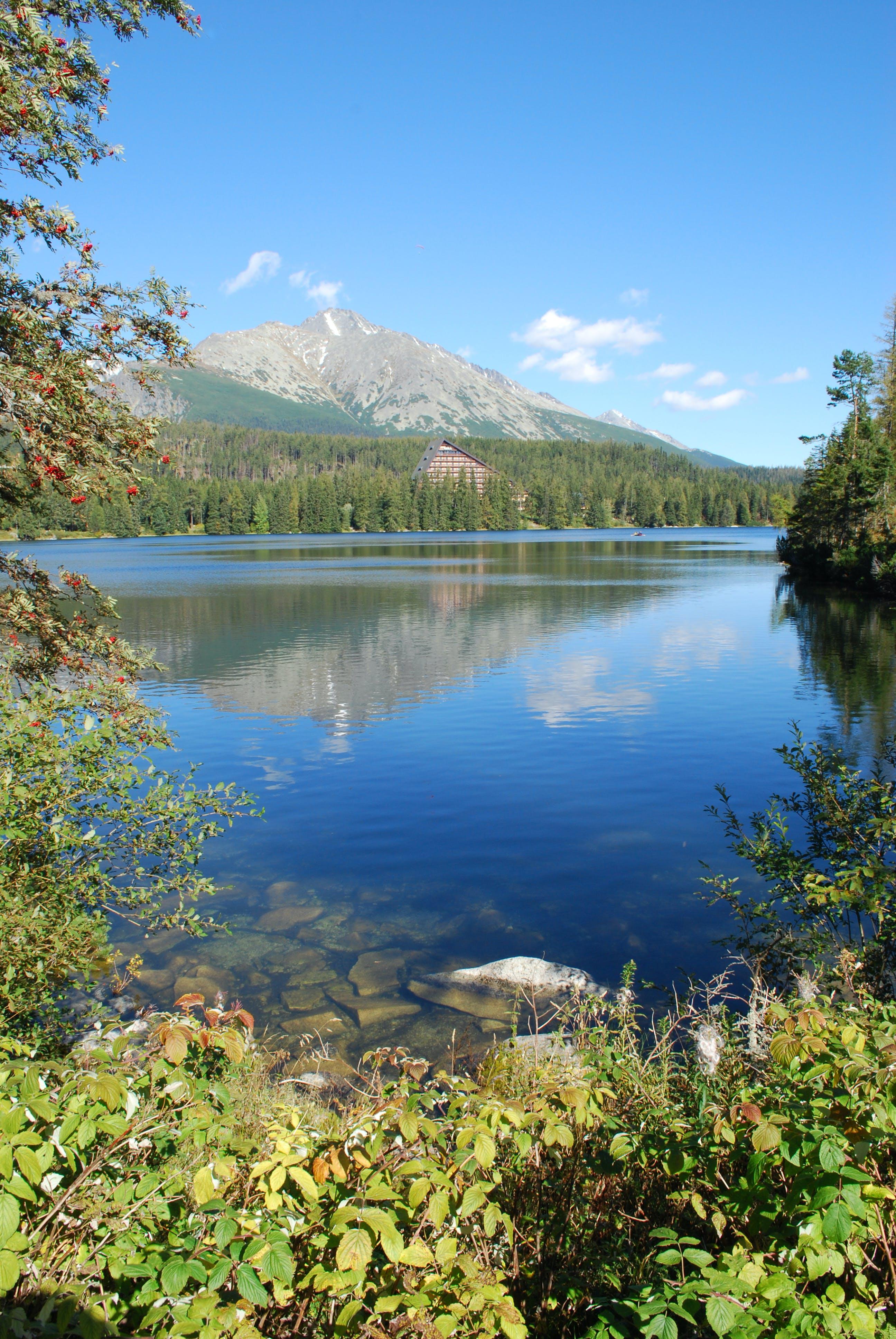 Gratis lagerfoto af bjerge, refleksion