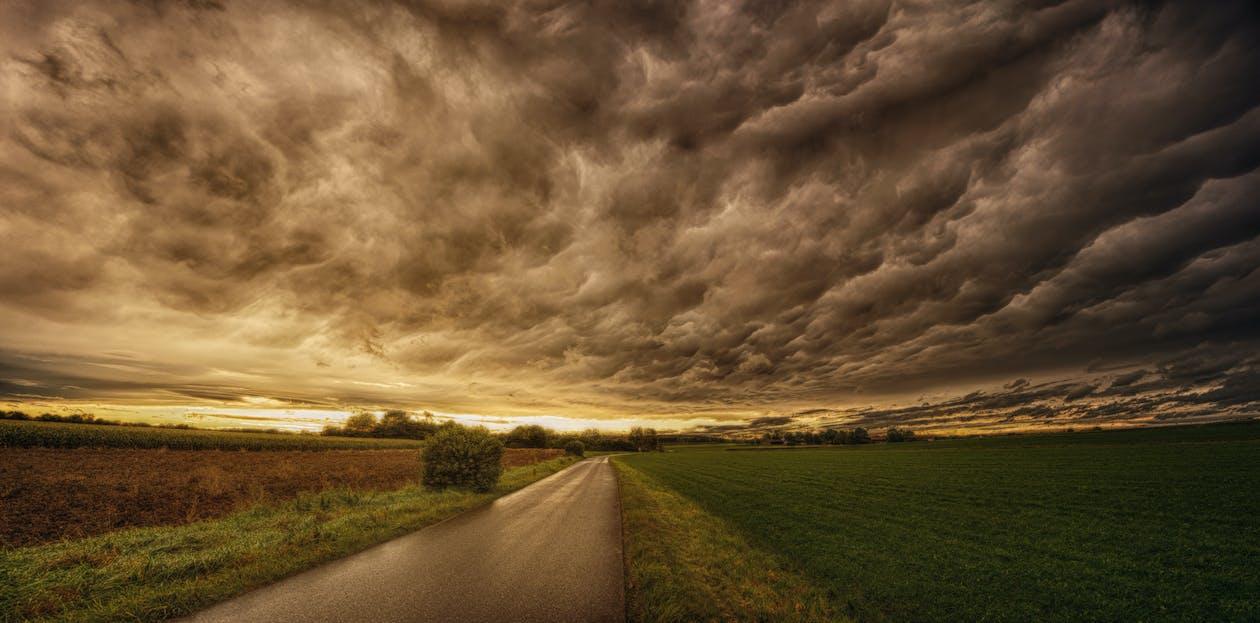 구름, 도로, 드라마틱한