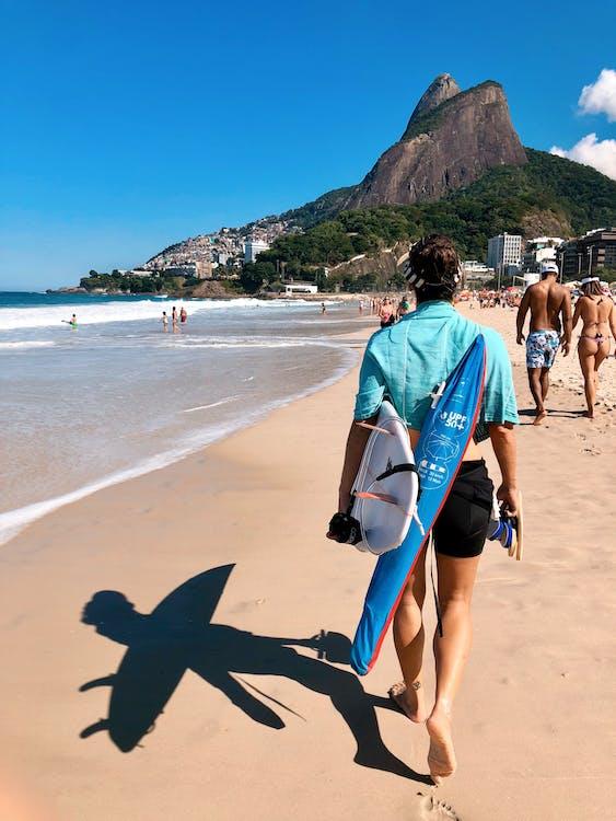 air, bertelanjang kaki, brasil