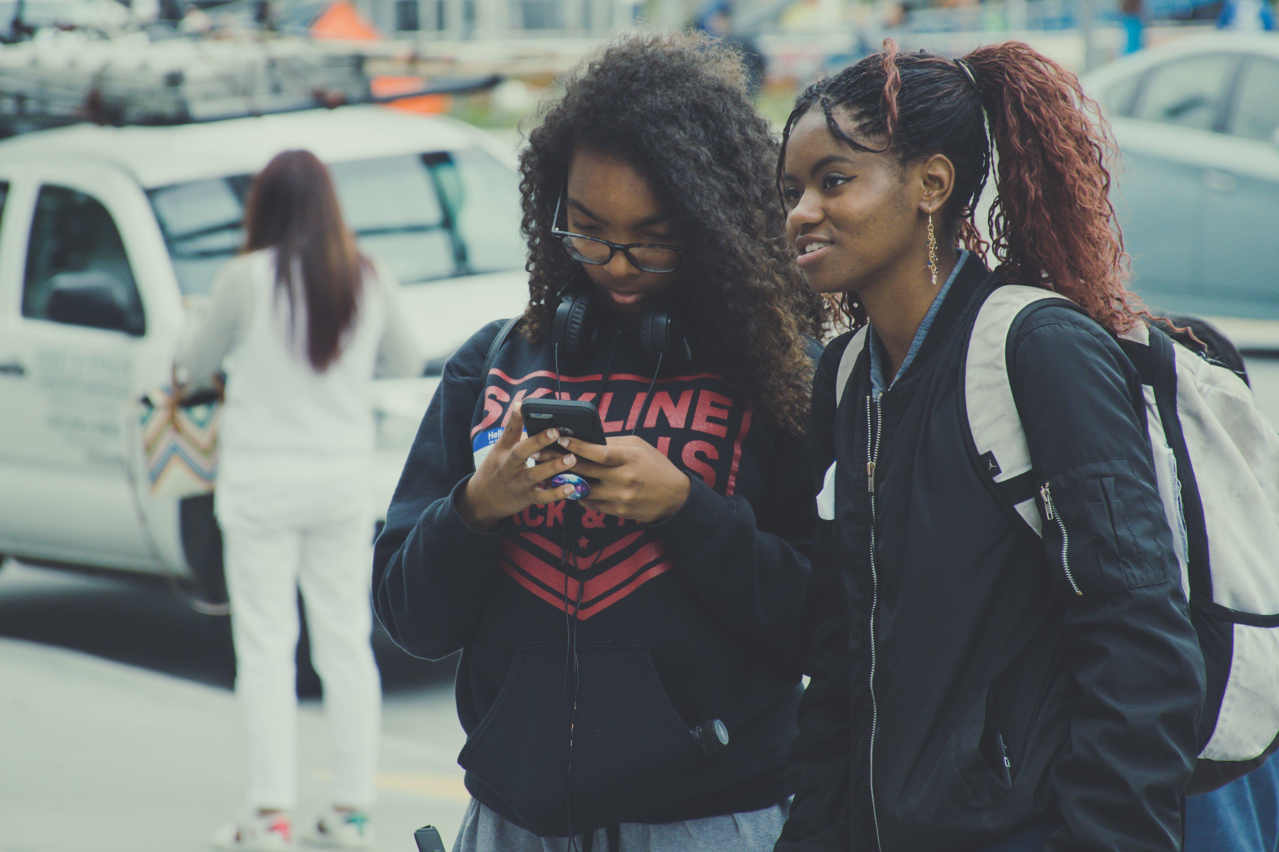Women In Black Zip-up Jacket