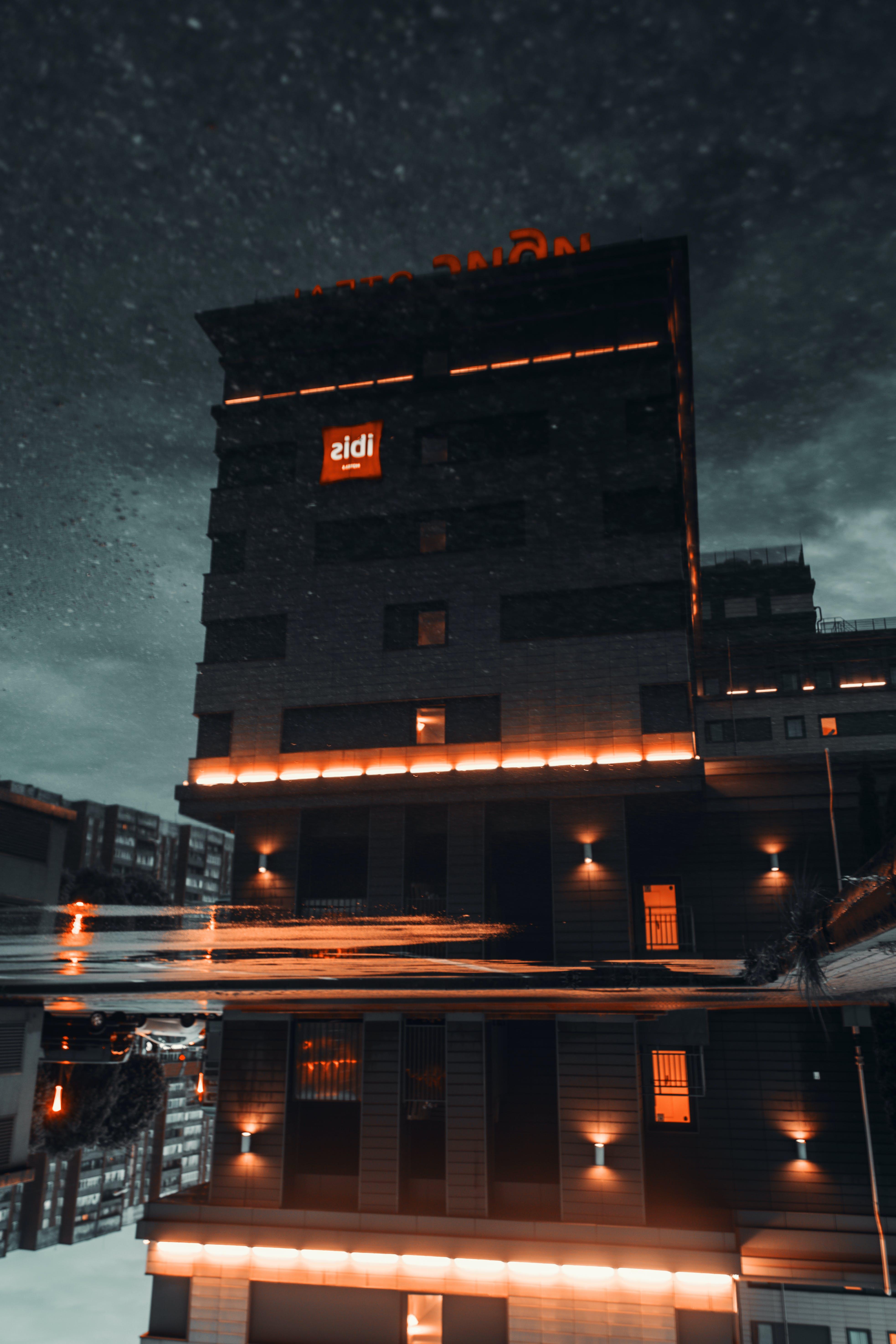 光, 反射, 夜, 建物の無料の写真素材