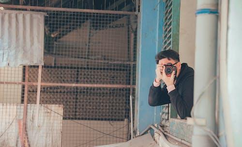 Foto stok gratis bangunan, fotografer, jendela, kota