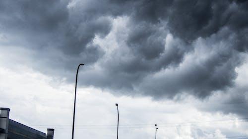 Kostenloses Stock Foto zu dunkler himmel, sturm, wolke