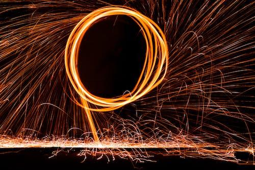 Δωρεάν στοκ φωτογραφιών με νυχτερινή φωτογραφία, παρατεταμένη έκθεση, φωτιά, φωτογραφία
