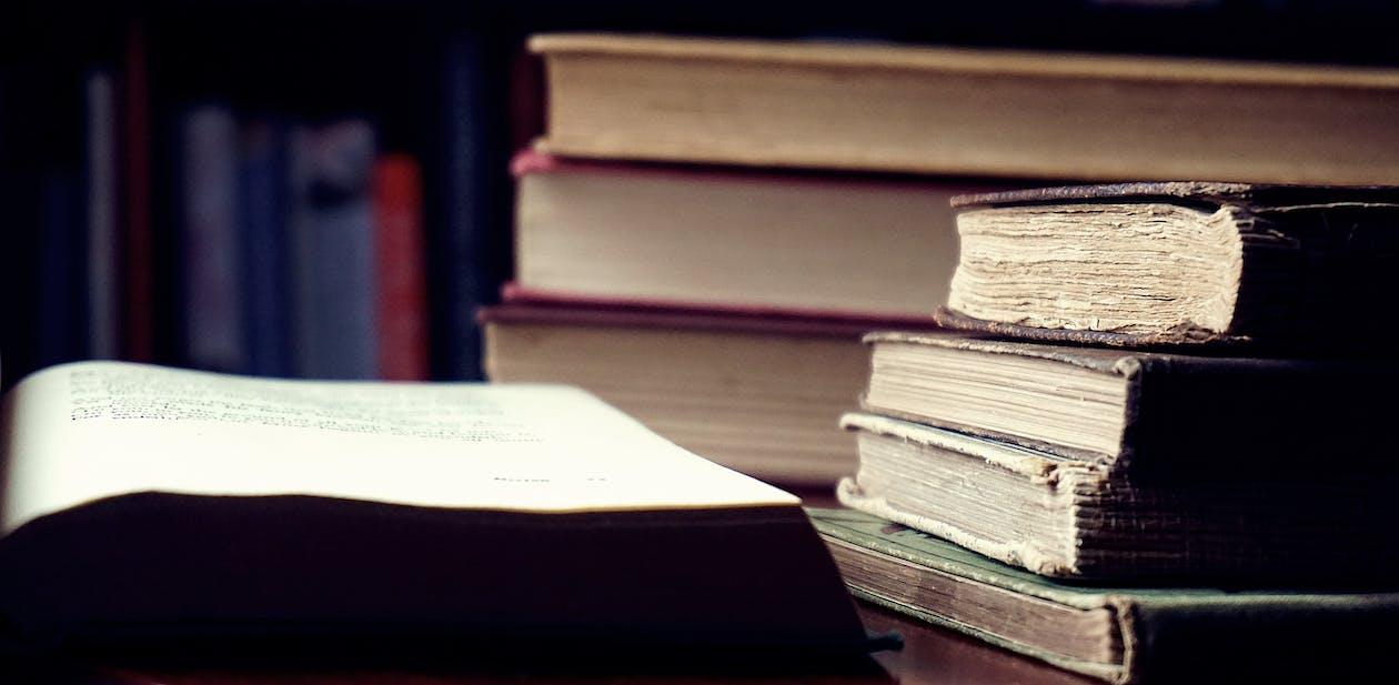 bölcsesség, irodalom, keménykötésű