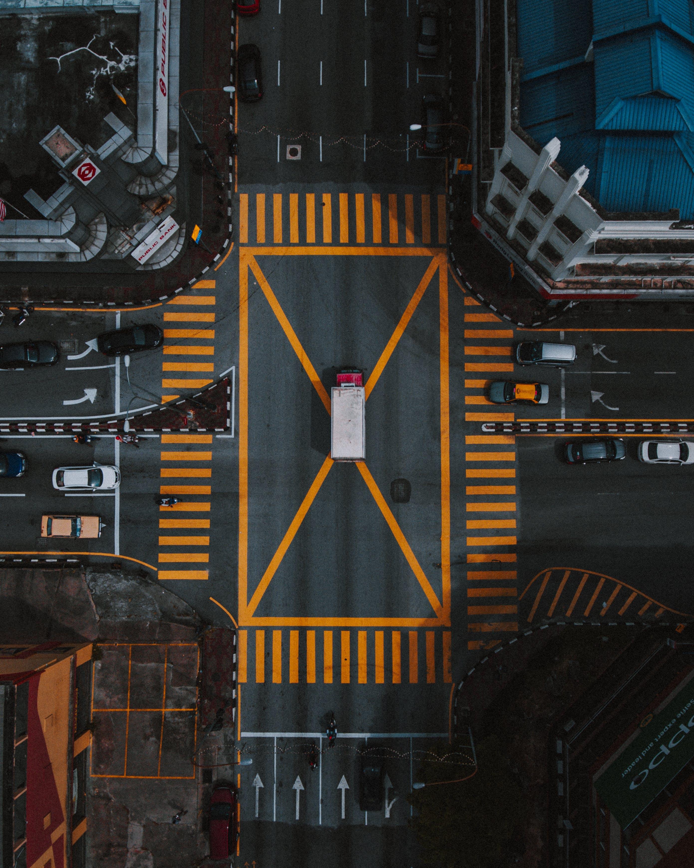 Gratis stockfoto met antenne, architectuur, auto's, daglicht