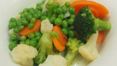 คลังภาพถ่ายฟรี ของ broccolis, กะหล่ำปลี, ถั่ว, ถั่วฝัก