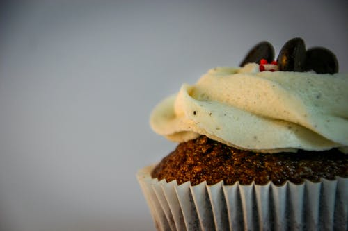 Gratis stockfoto met cakeje, chocolade, close-up, cupcake