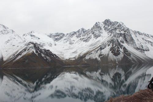 Ilmainen kuvapankkikuva tunnisteilla alpit, flunssa, heijastus, jää