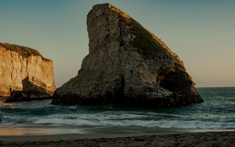 Kostenloses Stock Foto zu #draußen, #strand, friedlich, haifischflosse
