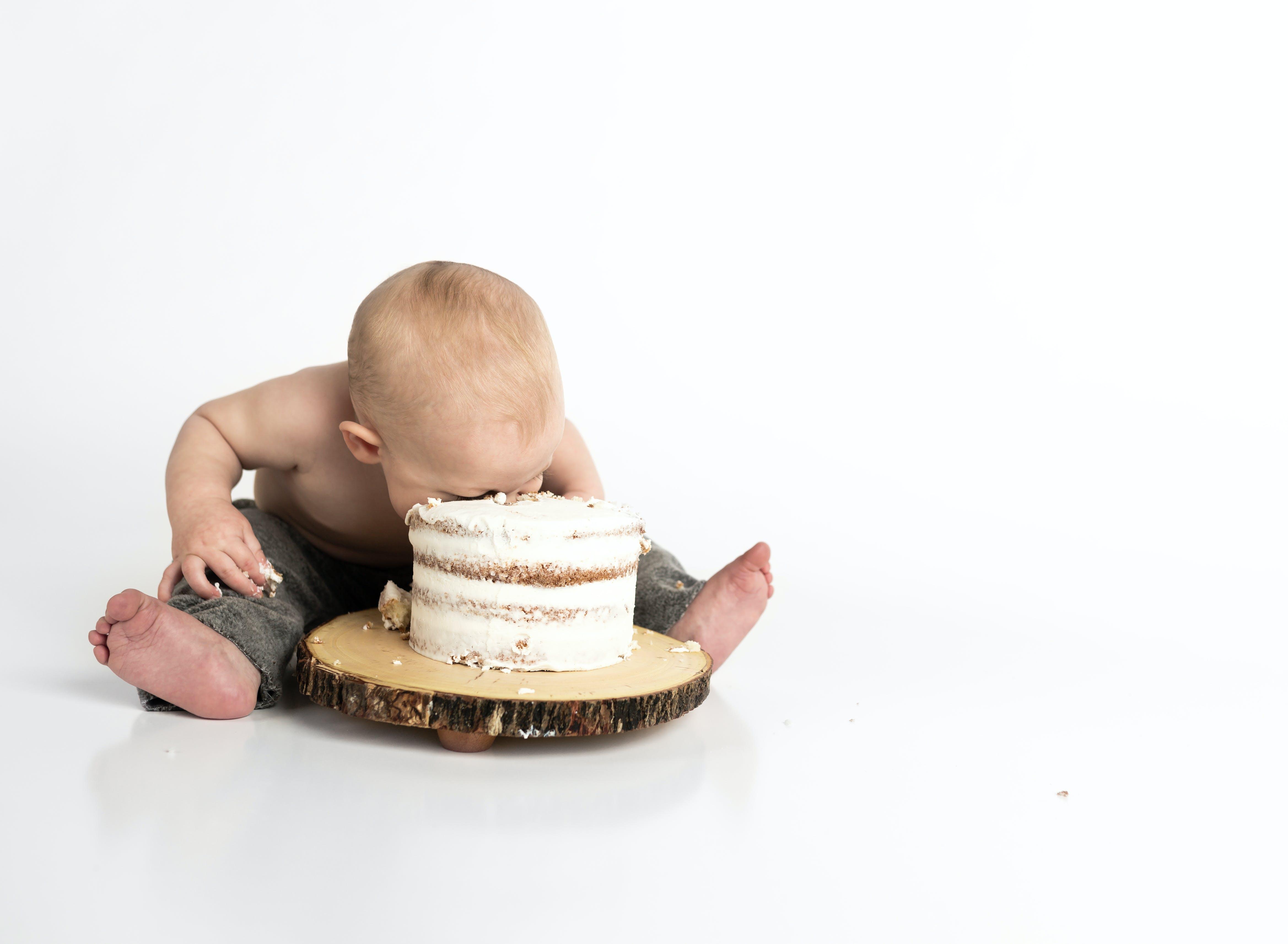 ケーキスマッシュ, ベビーケーキの無料の写真素材