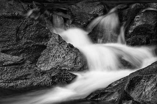 Бесплатное стоковое фото с вид на озеро, вода, водопад, водопады