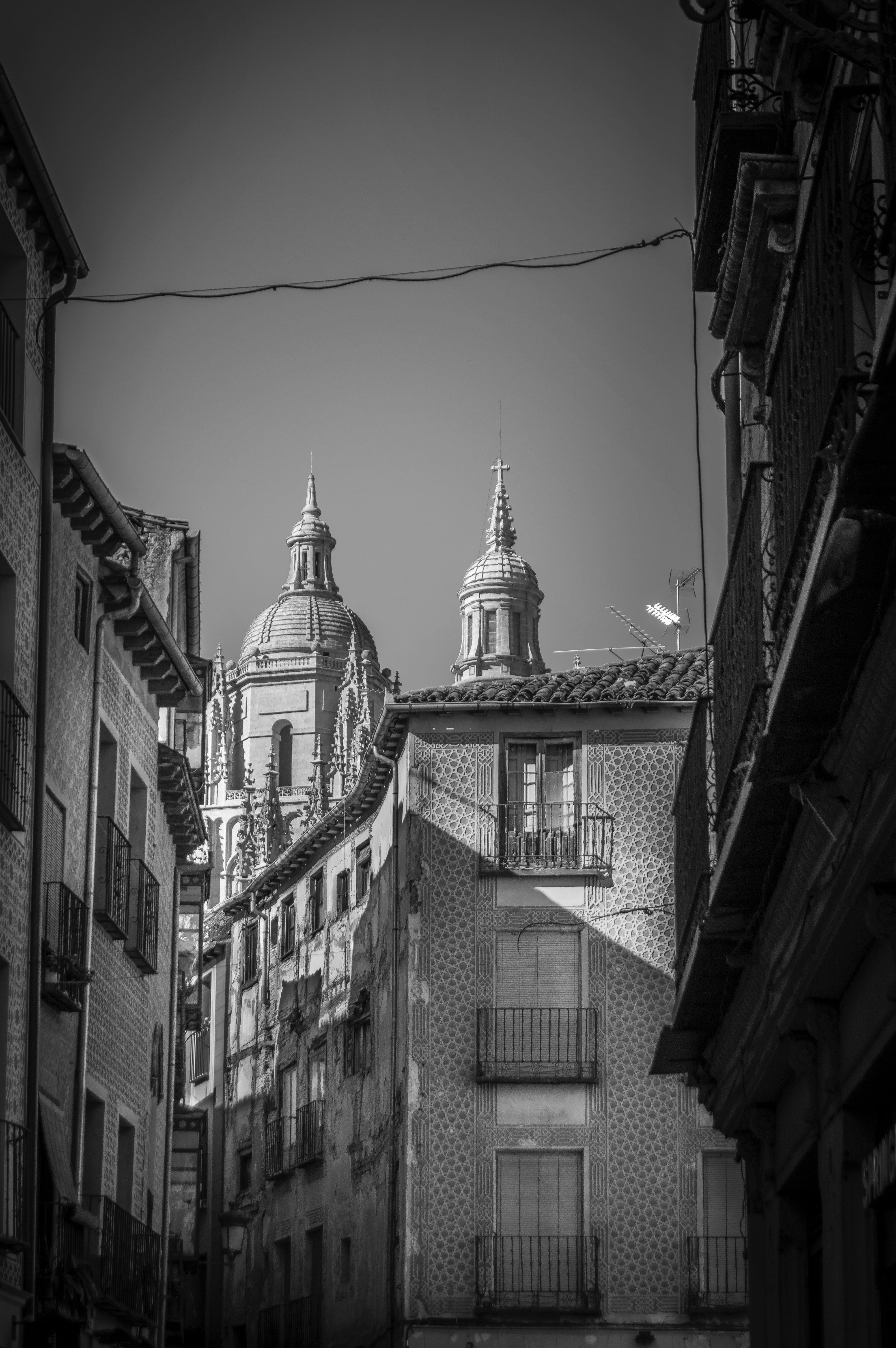 binalar, mimari, siyah ve beyaz içeren Ücretsiz stok fotoğraf