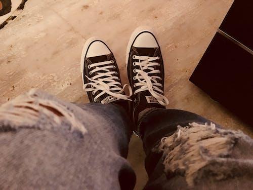 Gratis stockfoto met all star schoenen, schoenen