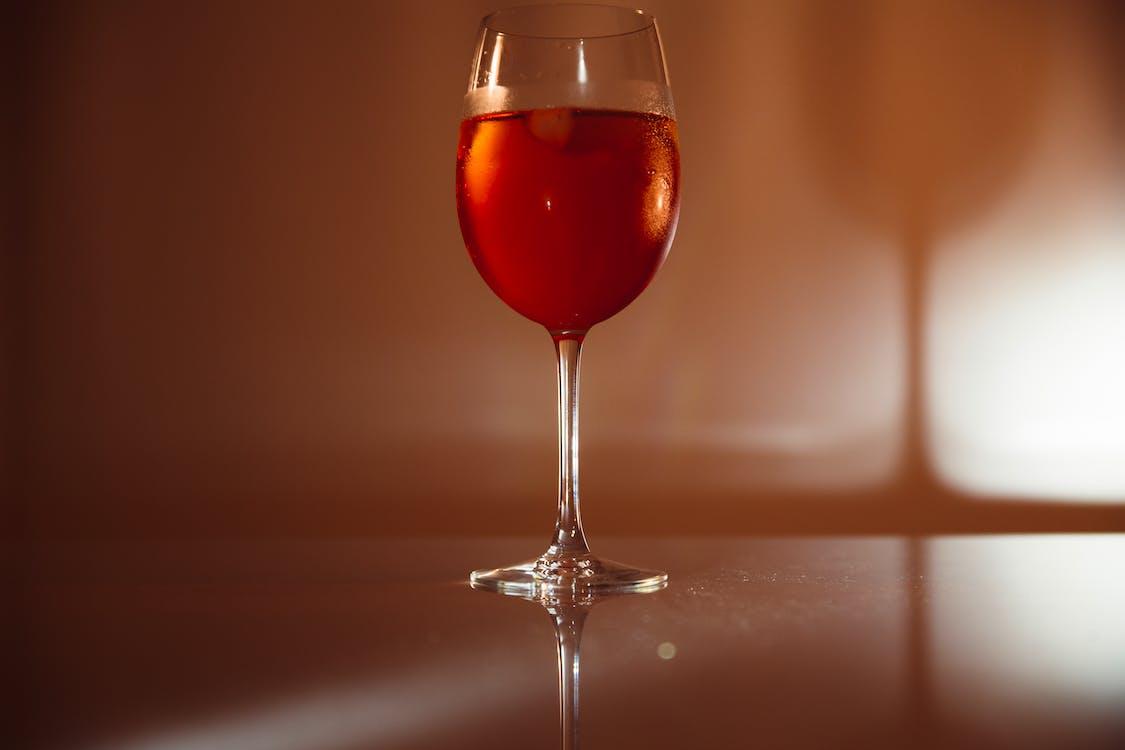 nápoj, pohár na víno, víno