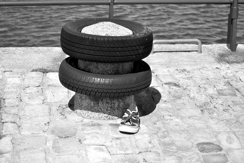 Δωρεάν στοκ φωτογραφιών με bitte d'amarrage, chaussure, pavέ, pierre
