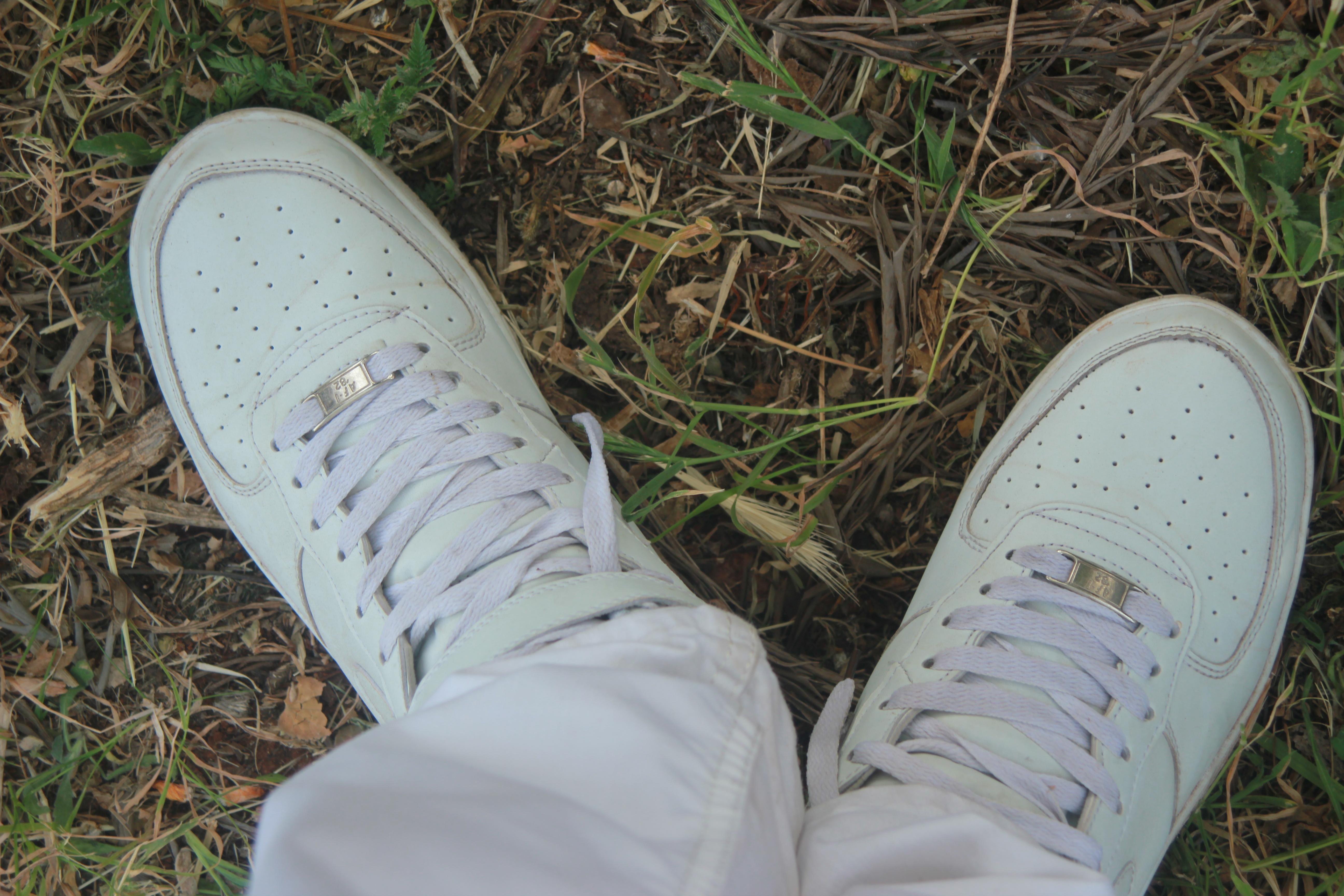 free stock foto dell'air force, nike, scarpe