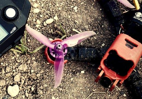 Бесплатное стоковое фото с дрон и пульт, дрон фпв