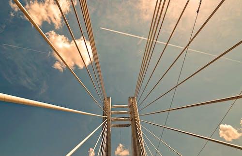 Ingyenes stockfotó acél, alacsony szögű felvétel, híd, napos témában