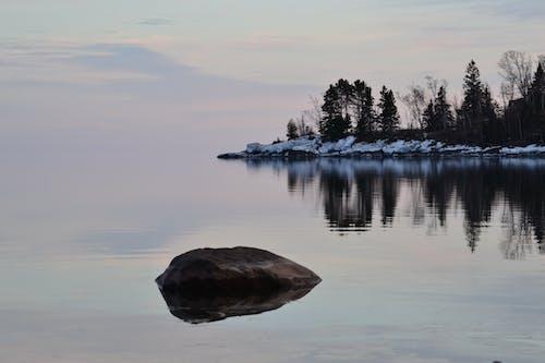地平線, 平和的, 水, 海岸線の無料の写真素材