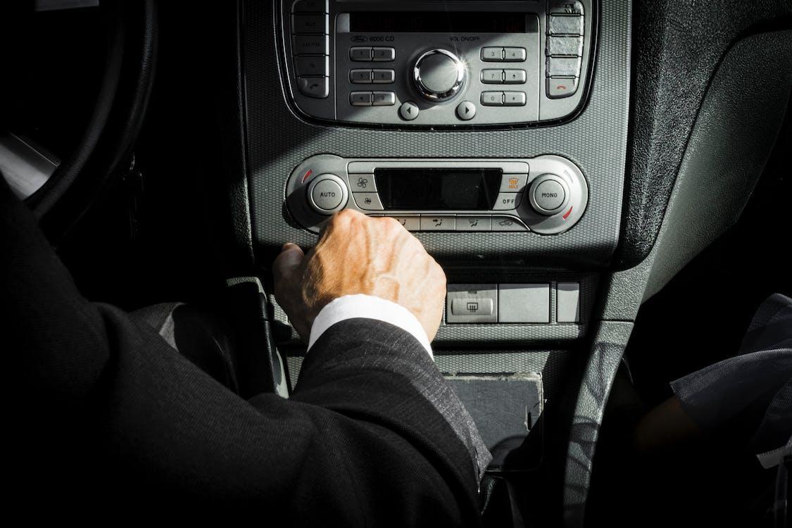 autó, autó belső, autóipar