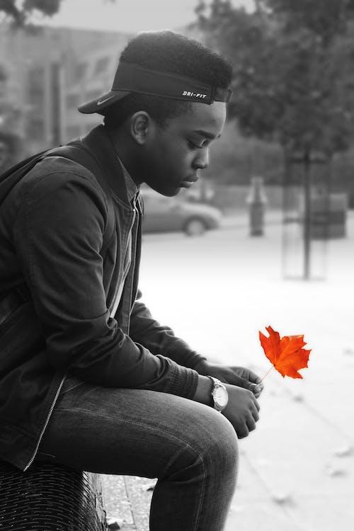 10대, 검은 색 모드, 나이키, 남성 모델의 무료 스톡 사진