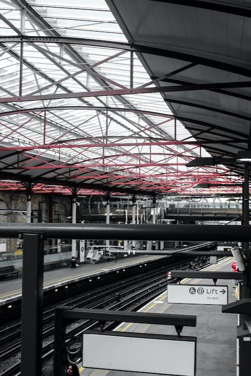 Gratis stockfoto met plaats, stadsleven, station, stedelijk