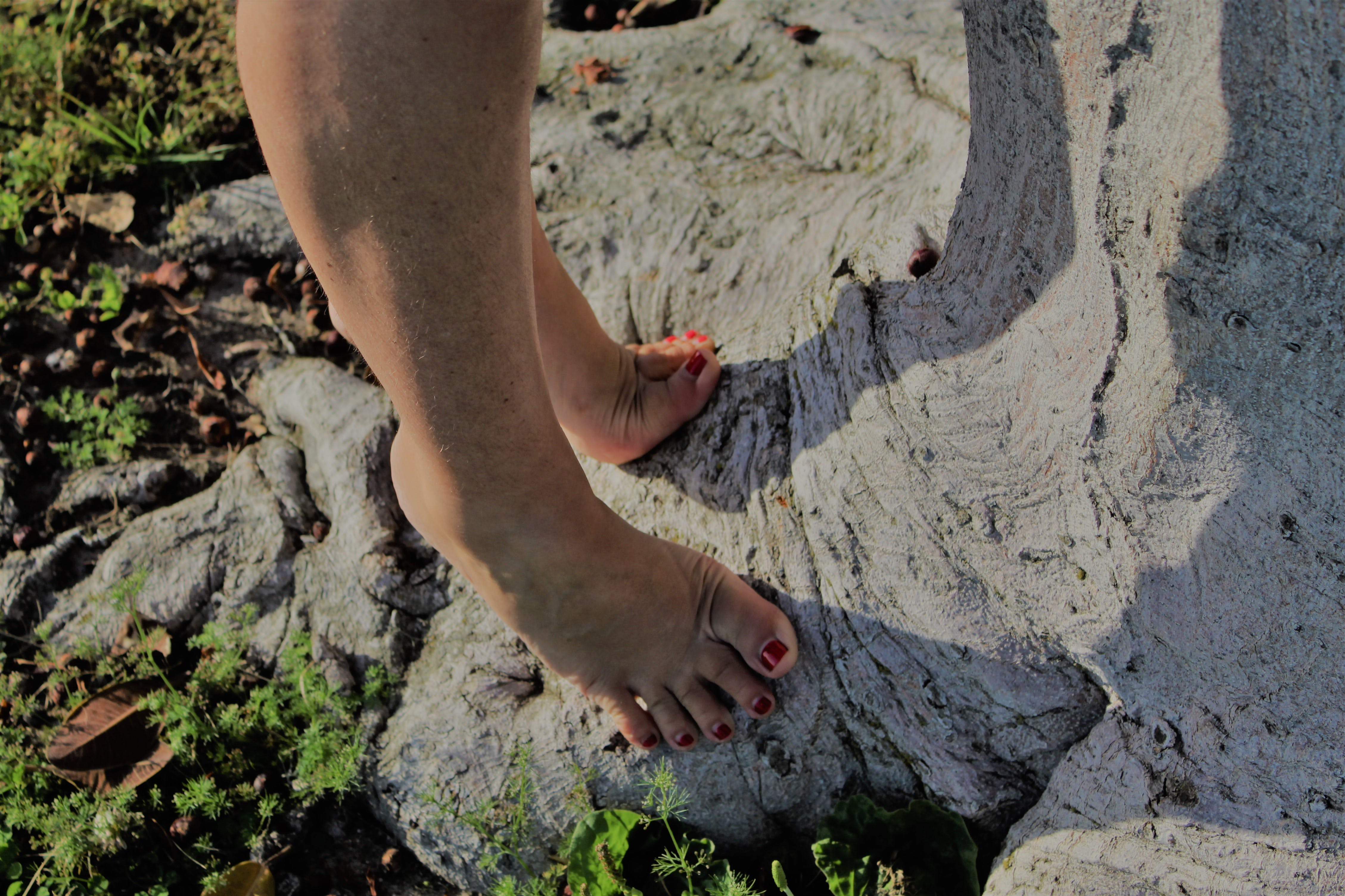 Free stock photo of bare feet