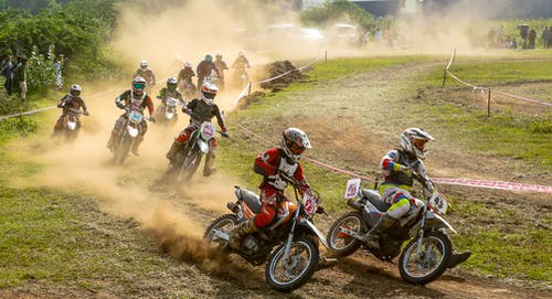 Δωρεάν στοκ φωτογραφιών με motocross, αγώνες μοτοσικλέτας, αναβάτης αγώνων, δράση