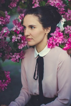 Free stock photo of fashion, person, woman, flowers