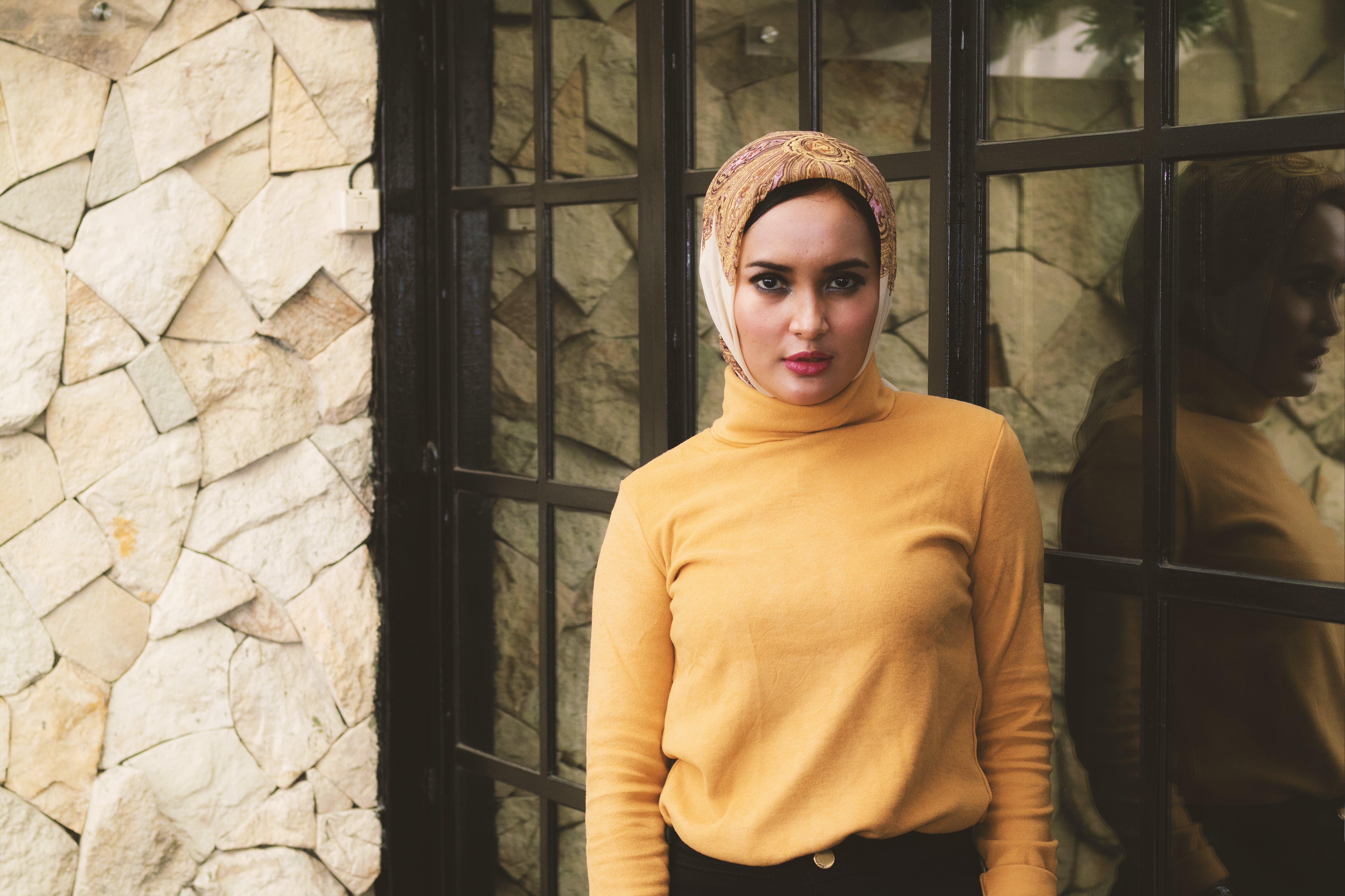 Foto profissional grátis de acessórios para cabeça, atraente, bandana, beleza