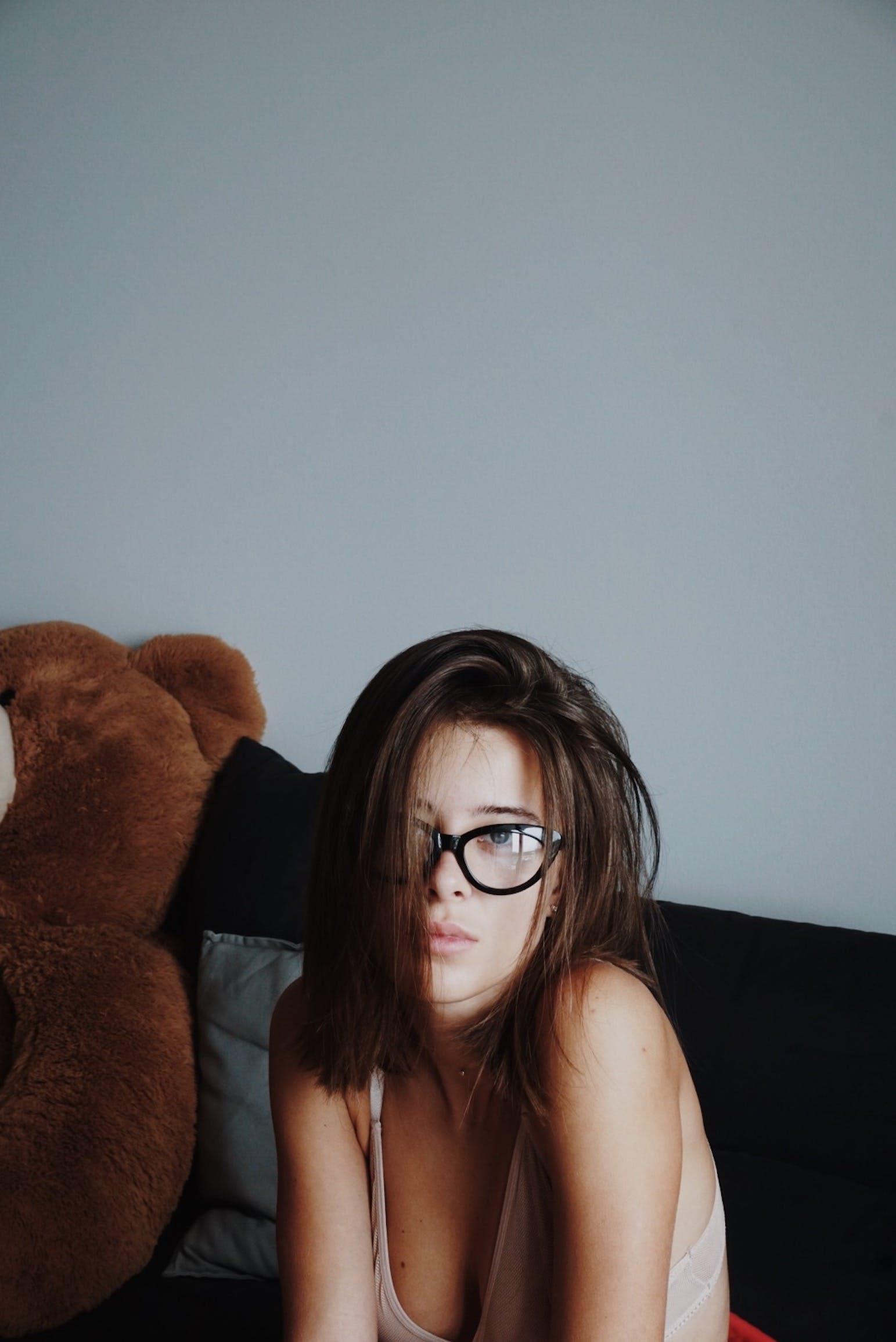 Foto profissional grátis de modelo, óculos