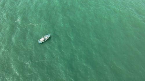Бесплатное стоковое фото с активный отдых, Аэрофотосъемка, вид с квадрокоптера, вода