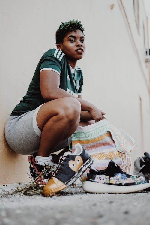 Foto stok gratis alas kaki, cewek, gadis berkulit hitam, kaum wanita