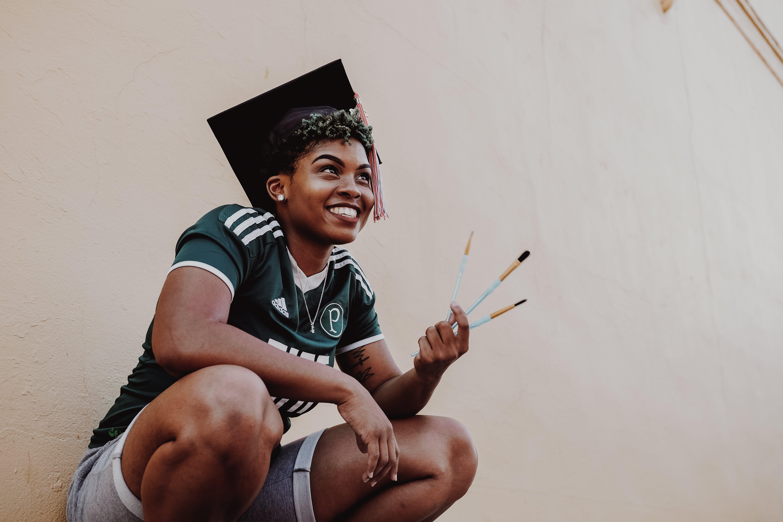 afro-amerikai nő, ballagás, ballagó diák