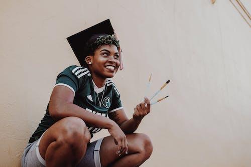 Δωρεάν στοκ φωτογραφιών με άνθρωπος, αποφοίτηση, απόφοιτος, αφροαμερικάνα γυναίκα