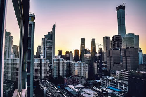 Δωρεάν στοκ φωτογραφιών με αρχιτεκτονική, αστικός, αυγή, γραμμή ορίζοντα
