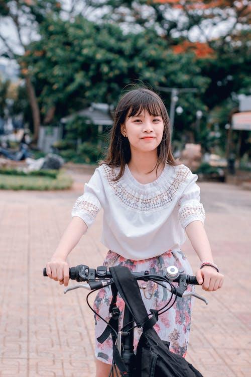 aasialainen nainen, aasialainen tyttö, asu