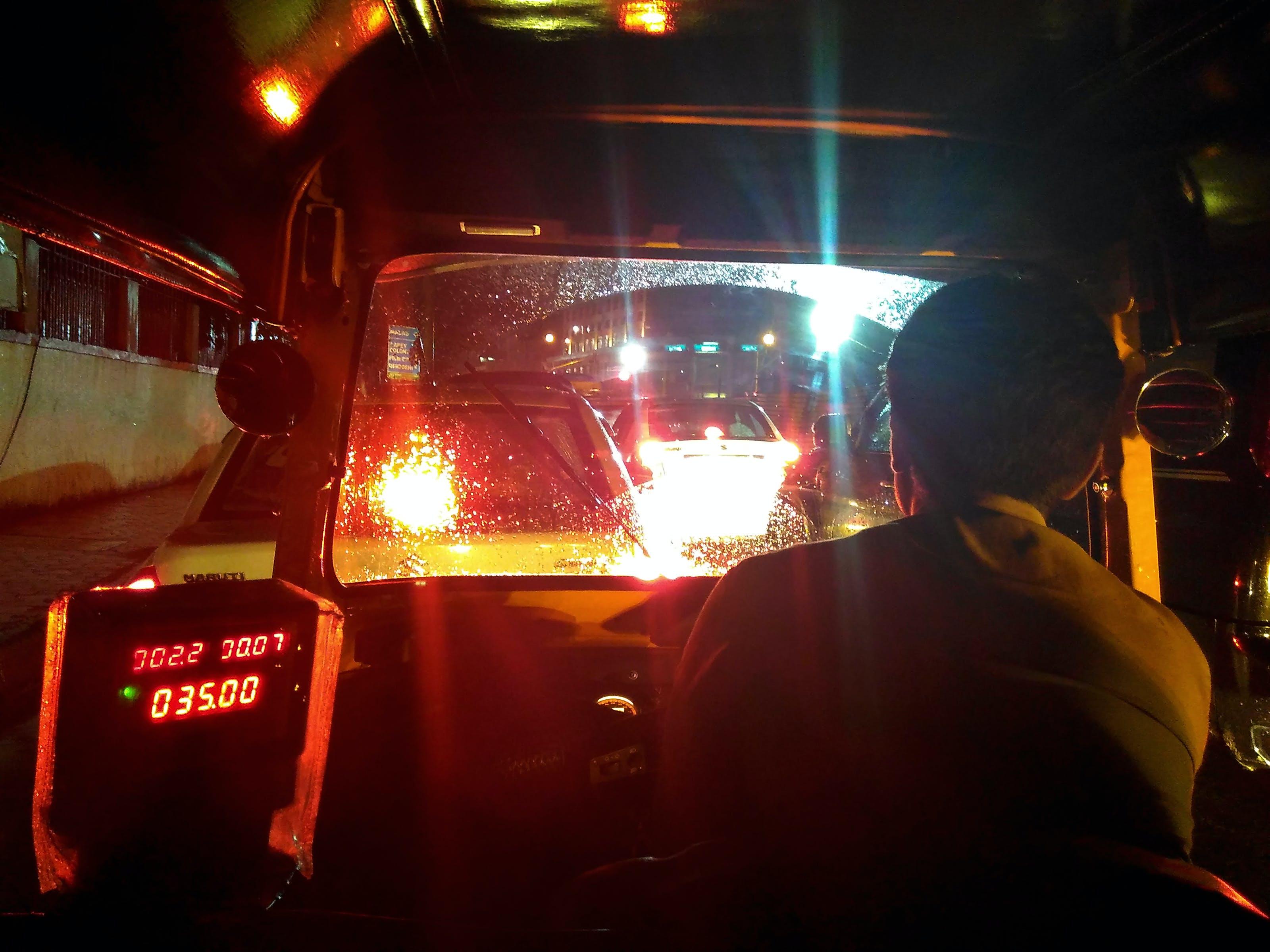 auto rickshaw, city life, city lights