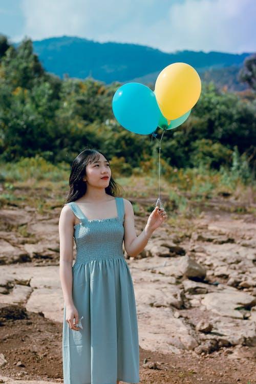 Darmowe zdjęcie z galerii z atrakcyjny, azjatka, azjatycka dziewczyna, balony