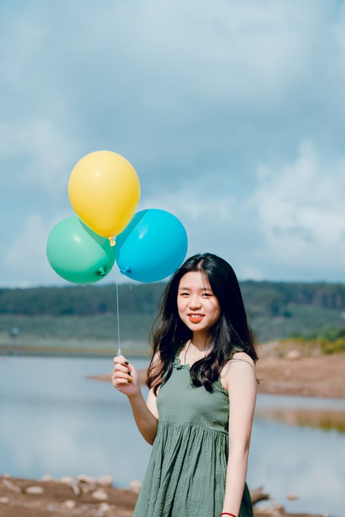 Foto d'estoc gratuïta de asiàtica, bonic, dona, globus