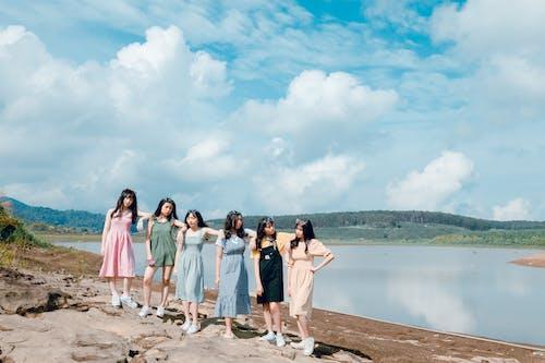 Darmowe zdjęcie z galerii z azjatyckie dziewczyny, chmury, dziewczyna, dziewczyny