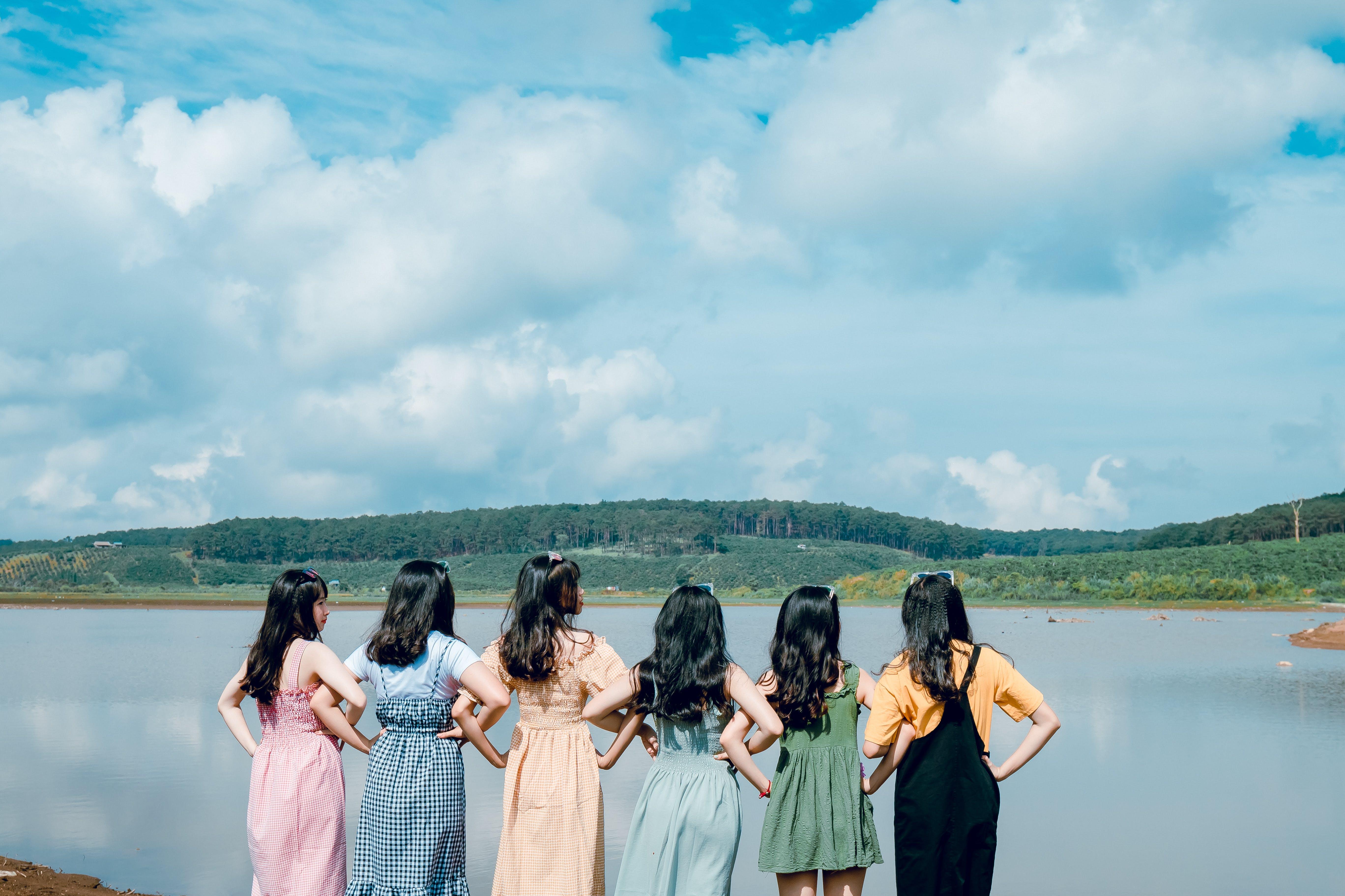 Darmowe zdjęcie z galerii z chmury, dzień, dziewczyny, krajobraz