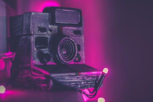 Δωρεάν στοκ φωτογραφιών με polaroid, εξοπλισμός, ηλεκτρονικά είδη, κάμερα