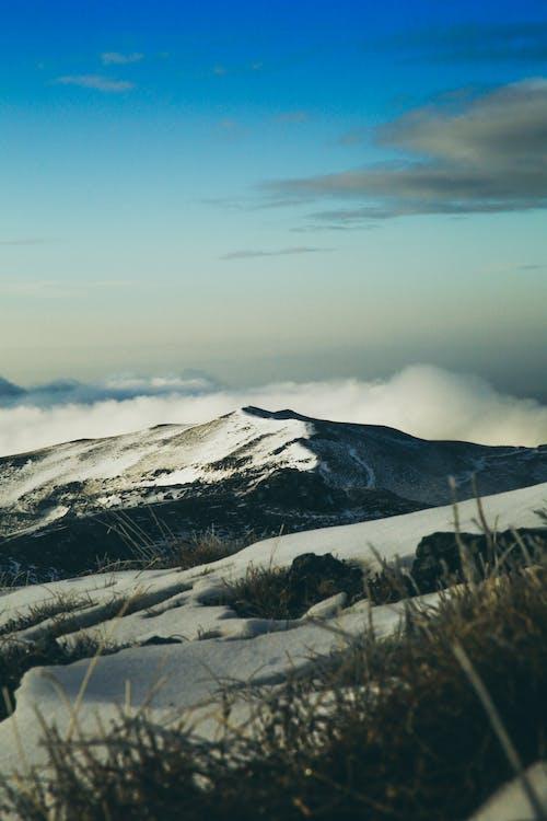 Δωρεάν στοκ φωτογραφιών με βουνό, γαλάζιος ουρανός, γραφικός, κρύο